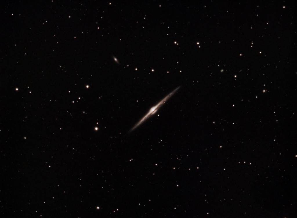 NGC 4565 - Galaxia de la Aguja en Coma Berenices (Crédito: Gustavo Sánchez/Observatorio Guajataca)