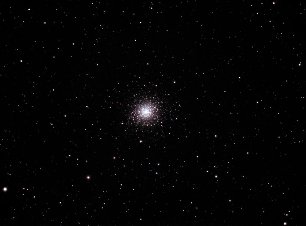 Messier 92 - Cúmulo estelar abierto en Hércules. (Crédito: Gustavo Sánchez/ Observatorio Guajataca)
