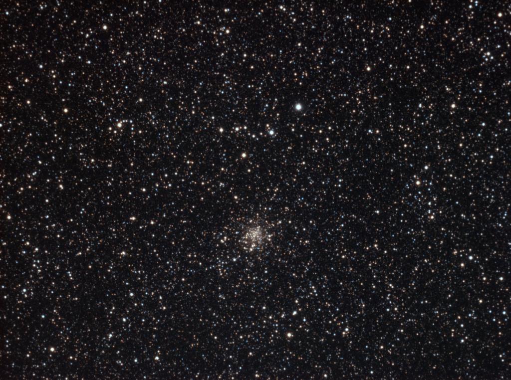 Messier 71 - Cúmulo estelar en la constelación de Sagitta. (Crédito: Gustavo Sánchez/Captando el Cosmos)