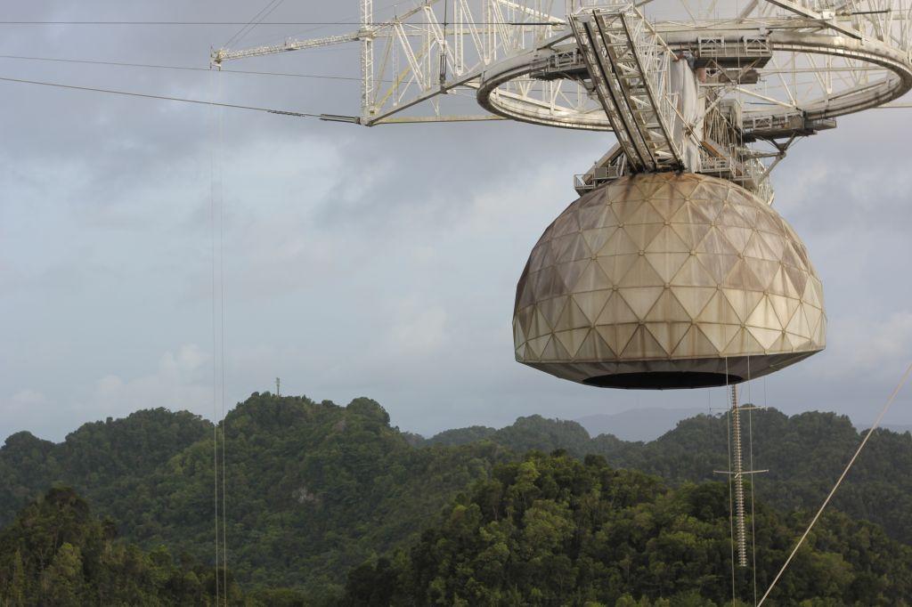 La antena del Radiotelescopio de Arecibo.