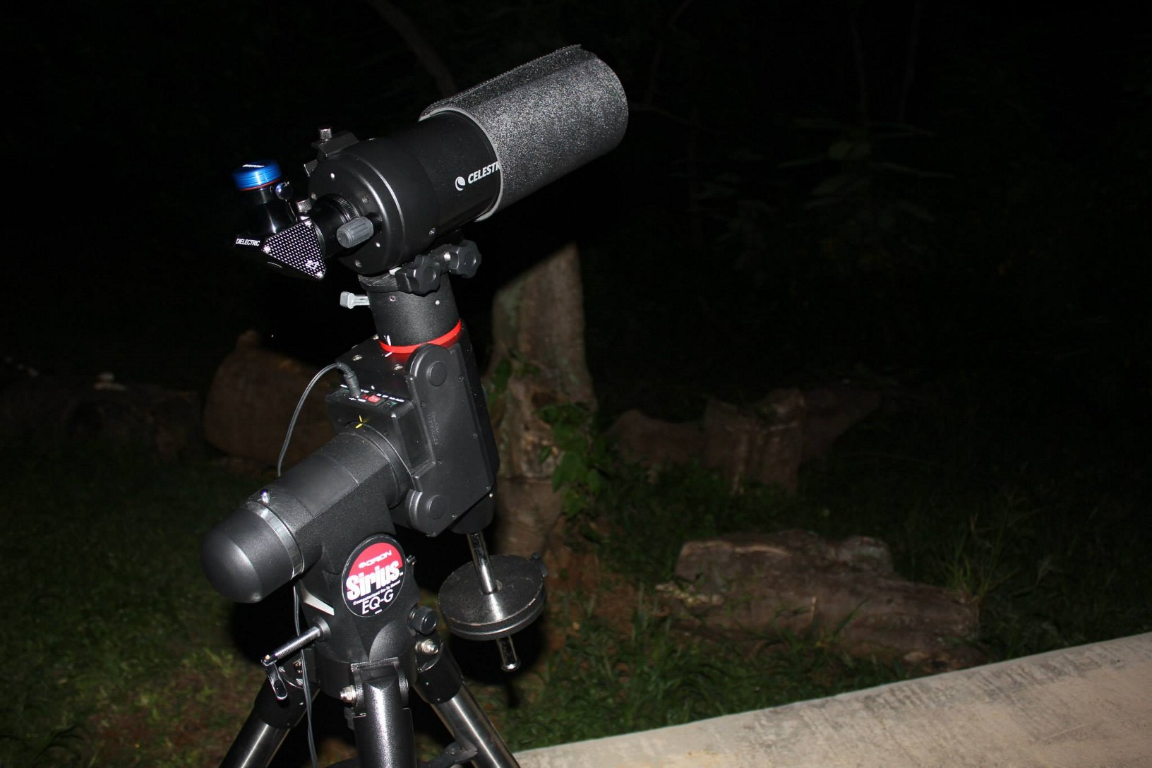 Telescopio C90 montado en una Sirius EQ-G.