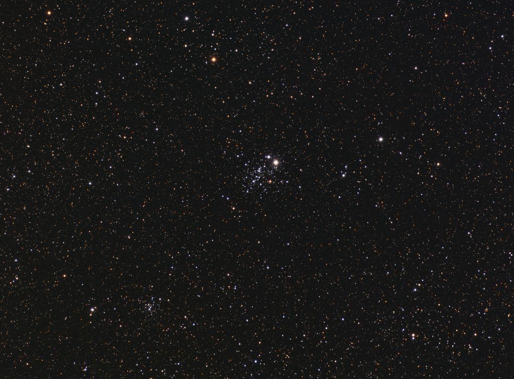 NGC 457 - Cúmulo de E.T. en Cassippeia (Crédito: Gustavo Sánchez/Captando el Cosmos