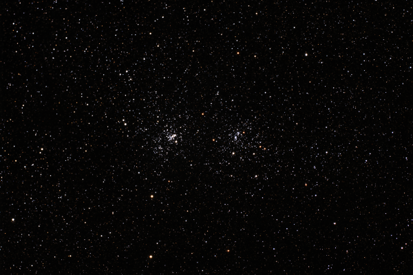 Cúmulo Doble en Perseo (NGC 869 y NGC 884). Crédito: Gustavo Sánchez/Captando el Cosmos