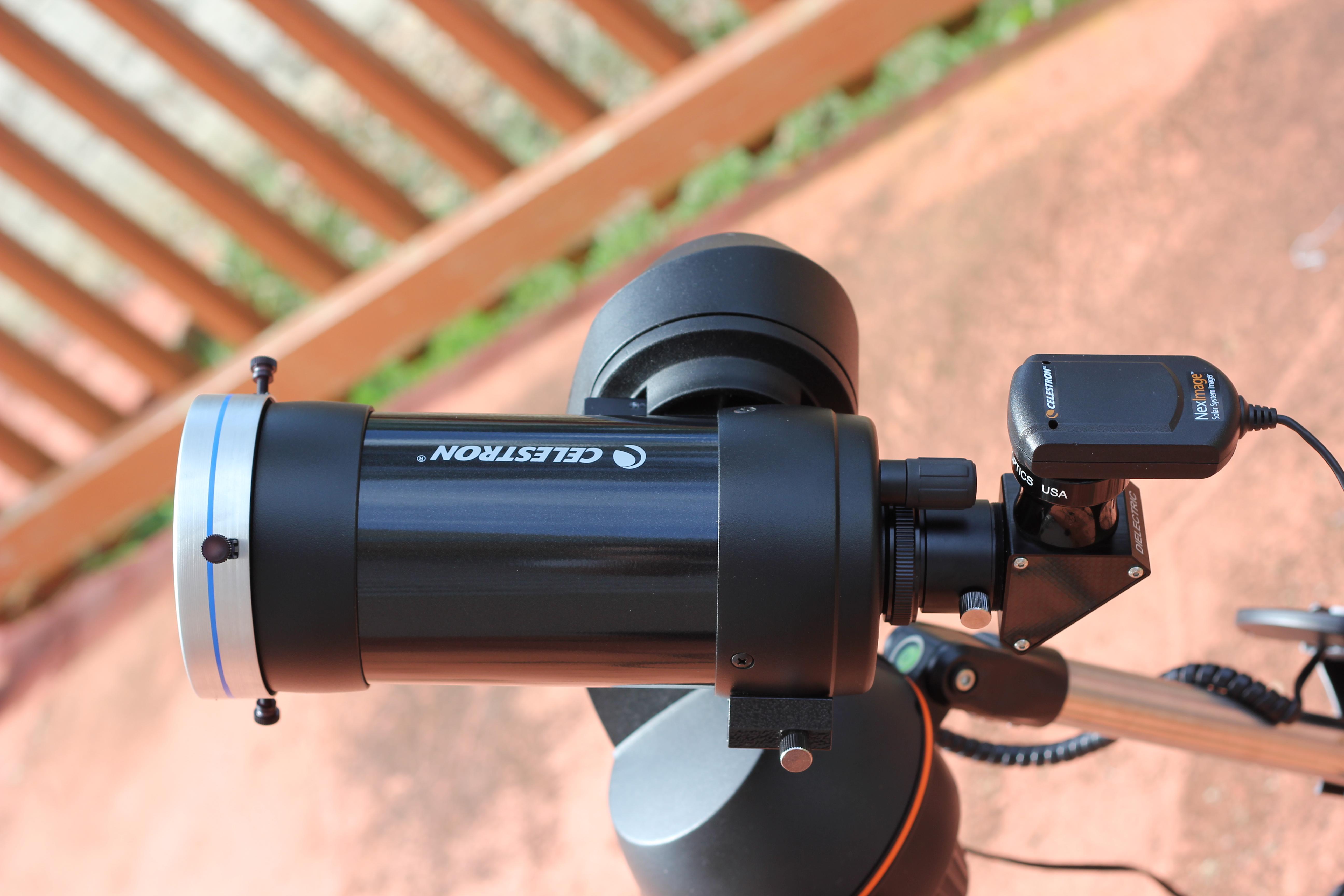 Maksutov C90 con filtro de luz blanca para fotografiar el sol.