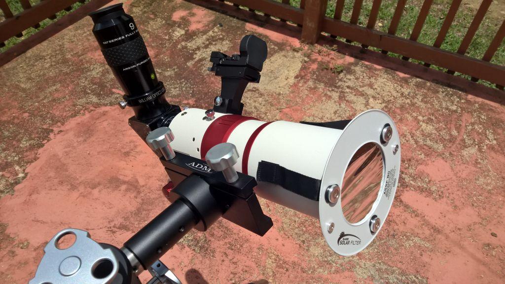 WO ZS71ED configurado para observación solar.