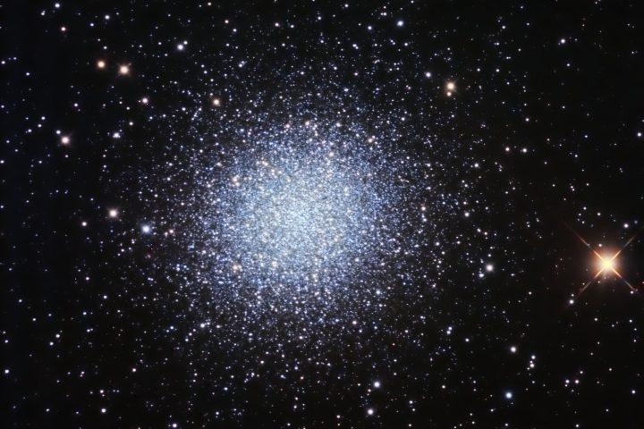 Cúmulo estelar Messier 13. Crédito: Gustavo Sánchez/Captando el Cosmos